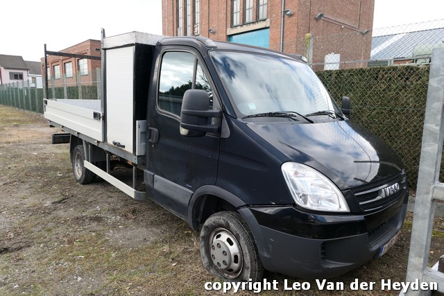 IVECO DAILY, BUREELCONTAINER, E.A.